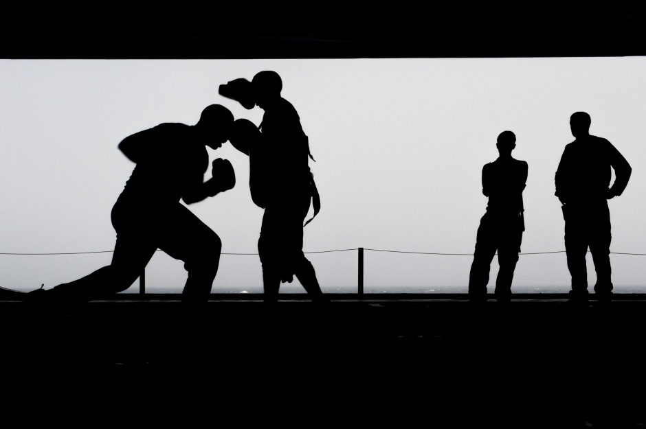 boxing-training-workout-silhouettes-39582.jpeg