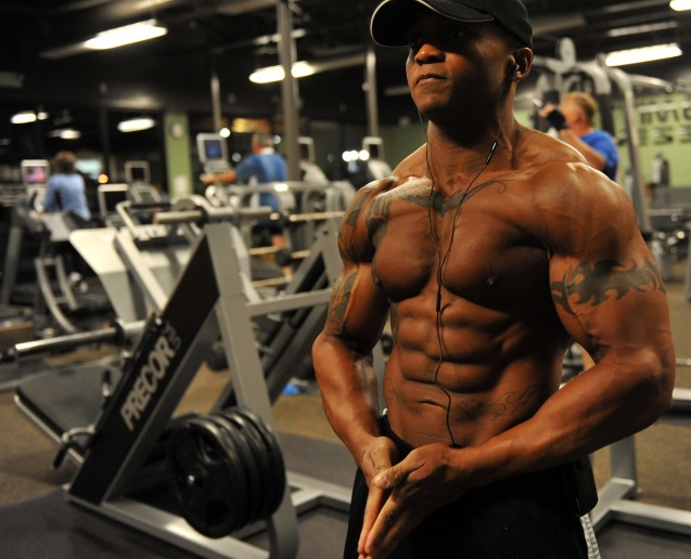 bodybuilder-646506_1920.jpg