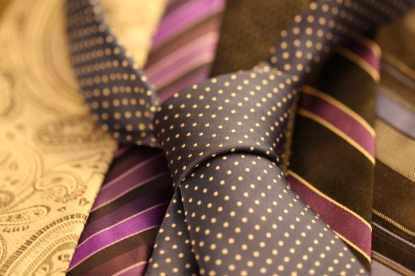 cravat-987584_1920.jpg