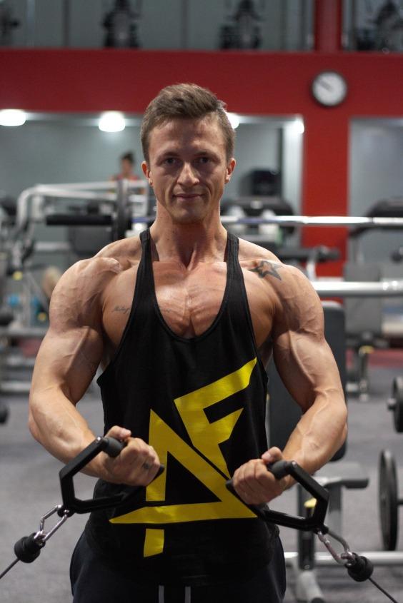 fitness-2378953_1920.jpg