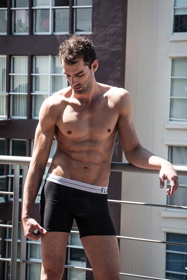 underwear-man-3011393_1920.jpg