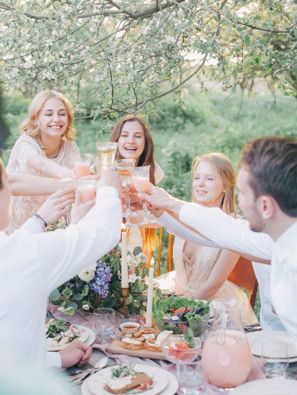 adult-celebration-cheers-415318