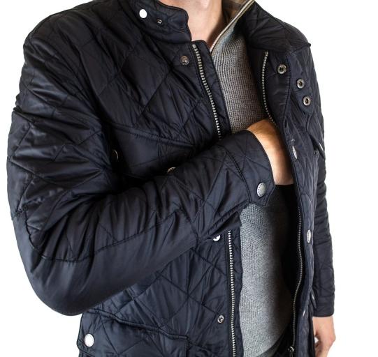Milyen egy férfi tavaszi kabát?